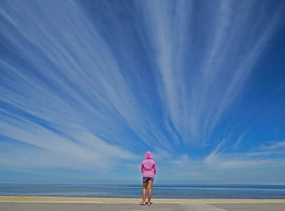 Photos_girl_beach_hoodie