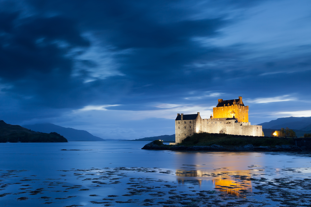 Eilan Donan Castle at twilight, Scotland